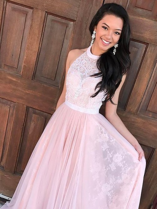 A-Line/Princess Halter Tulle Lace Sweep/Brush Train Dress