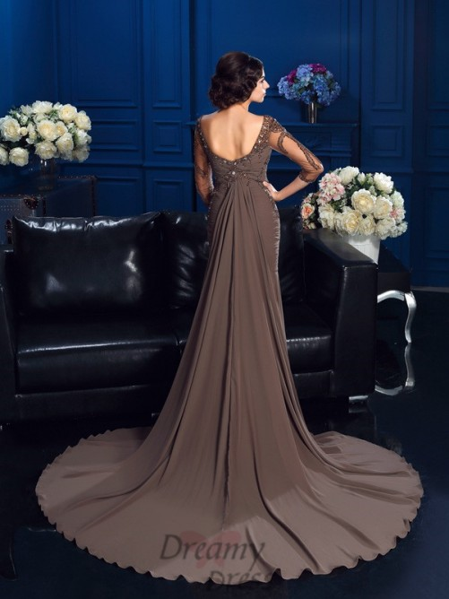 Scoop 3/4 Sleeves Court Train Chiffon Mother Of The Bride Dress