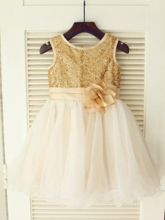 A-line/Princess Scoop Tea-length Organza Flower Girl Dresses with Sequins