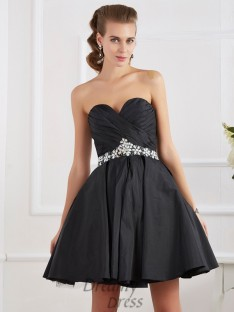 A-Line/Princess Short/Mini Sweetheart Homecoming Dress