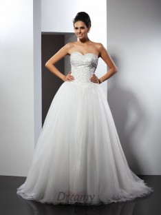 A-Line/Princess Sweetheart Chapel Train Net Wedding Dress