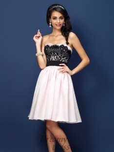 A-Line/Princess Sweetheart Knee-Length Satin Bridesmaid Dress