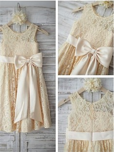 A-line Scoop Knee-Length Lace Flower Girl Dress