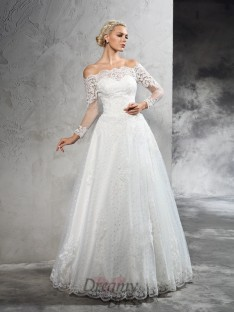 Ball Gown Long Sleeves Lace Floor-Length Net Wedding Dress