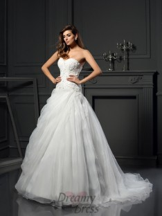 Ball Gown Sweetheart Organza Chapel Train Wedding Dress