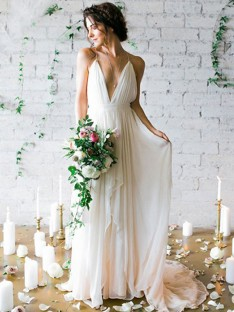 A-Line Chiffon Spaghetti Straps Sweep/Brush Train Wedding Dress