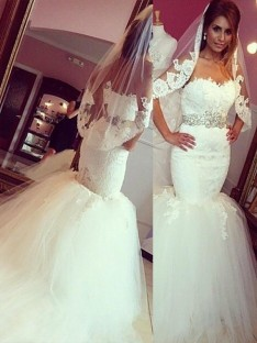 Trumpet/Mermaid Lace Tulle Sweetheart Court Train Wedding Dress