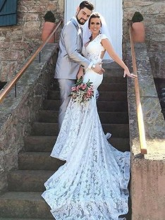 Trumpet/Mermaid Sweetheart Lace Court Train Wedding Dress