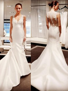 Trumpet/Mermaid V-neck Court Train Satin Wedding Dress