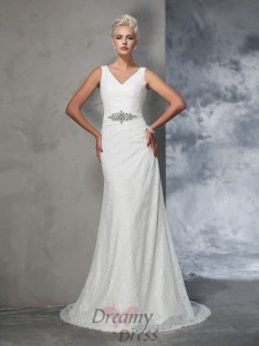Mermaid V-neck Lace Court Train Wedding Dress