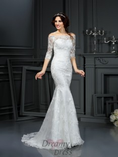 Off the Shoulder 1/2 Sleeves Sweep/Brush Train Lace Wedding Dress