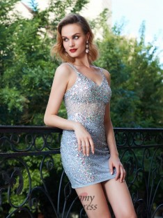 Sheath/Column Spaghetti Straps Sleeveless Net Short Dress with Sequin