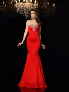 Sheath/Column Sweetheart Satin Court Train Dress