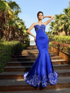 Trumpet/Mermaid Sweetheart Court Train Satin Dress