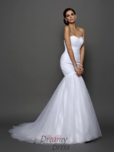 Trumpet/Mermaid Sweetheart Net Court Train Wedding Dress