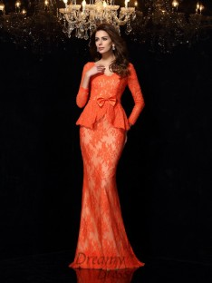 V-neck Long Sleeves Lace Sweep/Brush Train Dress